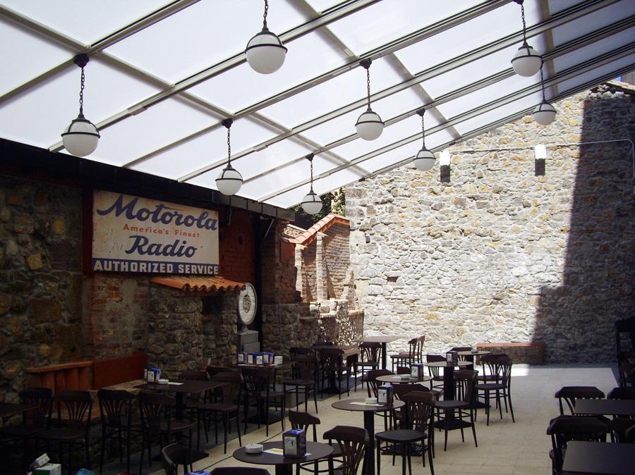 Cubrición para terraza de hostelería en la Felguera (Asturias)