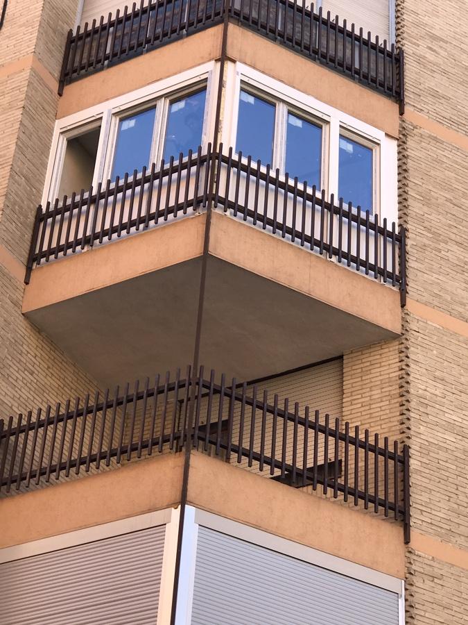 Cerramiento de terraza en barrio Moncloa