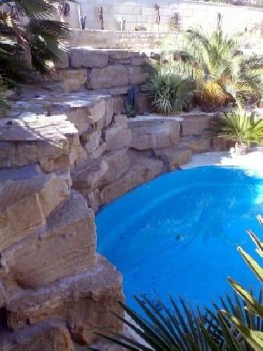 Foto decoraci n de jardines y piscinas de excavaciones - Decoracion de jardines con piscina ...