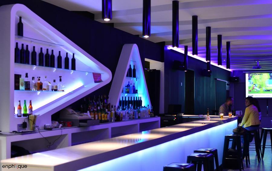 Foto decoraci n interiorismo copas almonte de aeme - Decoracion de bares de copas ...