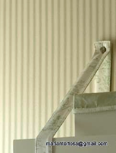 Foto detalle estanter a y papel pared de tapidecor - Tapidecor alzira ...