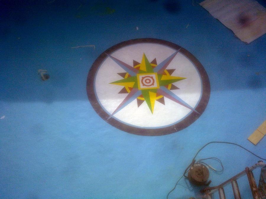 Foto dibujo pintado en poliester de piscinas j c for Pintado de piscinas