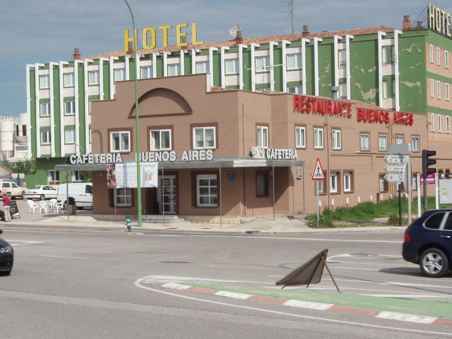 foto dise o de fachada hotel buenos aires en burgos de