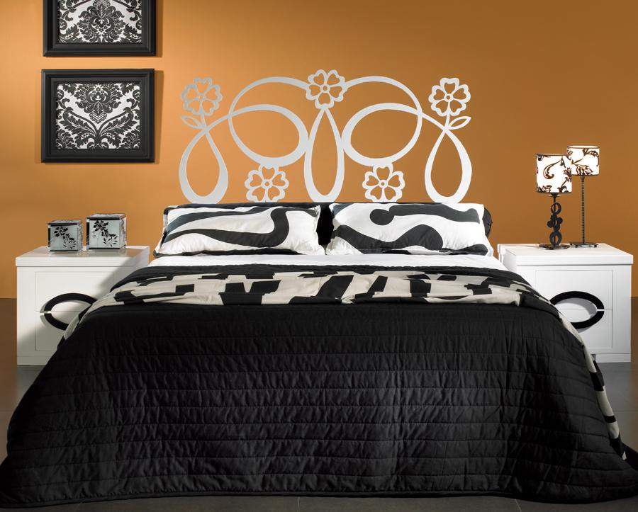 Foto dormitorio galatea con cabecero de cama en forja de - Cabeceros de madera y forja ...