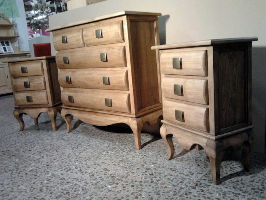 Foto dormitorio isabelino de muebles castellar 331454 - Muebles en crudo sevilla ...