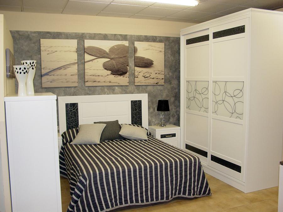 Foto dormitorio pino macizo modelo piedra de muebles - Muebles de piedra ...