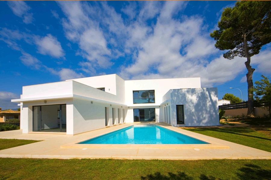 Casa nueva con piscina en Santa Ponsa