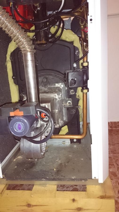 Quemador de biomasa adaptado a caldera domestica