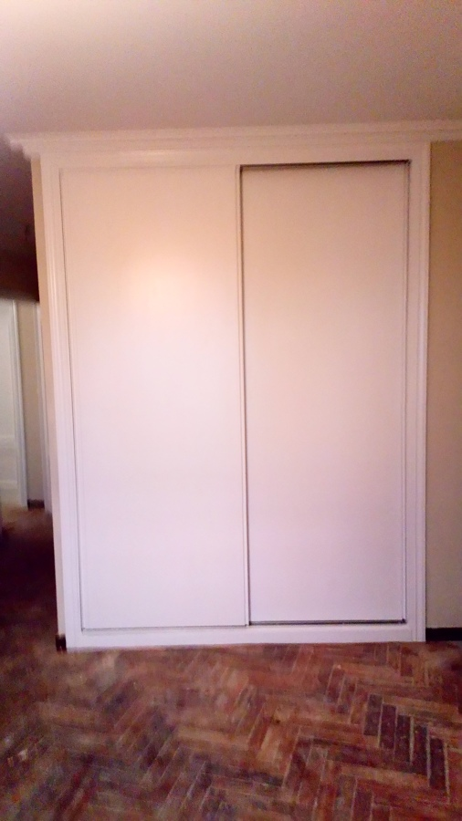 Lacar frente de armario enpotrado de blanco
