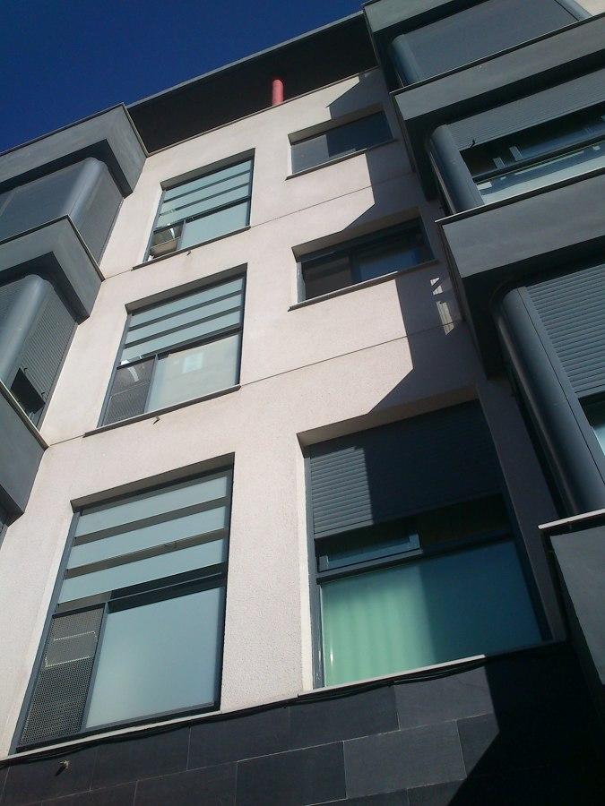 Fachada residencial 6 viviendas