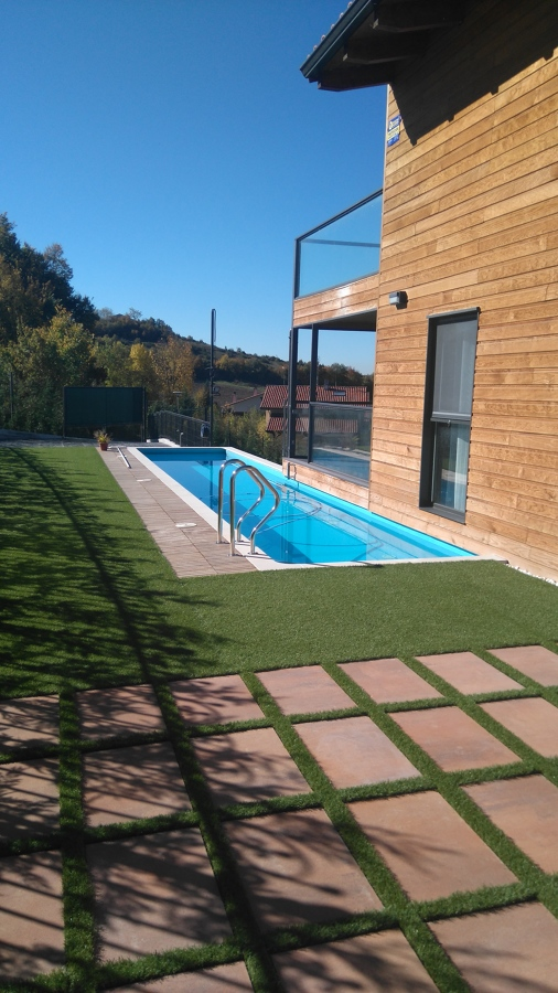 La piscina de Luis
