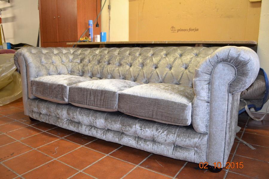 Foto sofa 3 plazas chester capitone autentico de marley tapizados 964614 habitissimo - Tapiceros tarragona ...