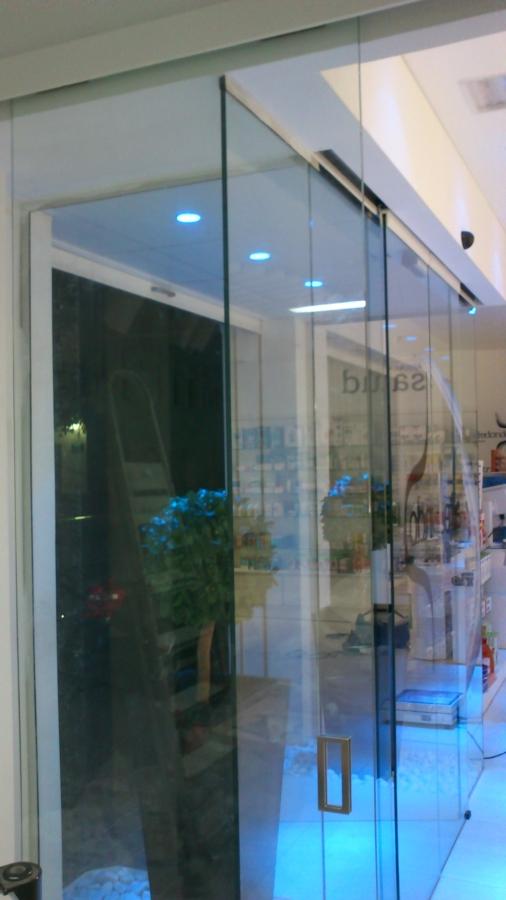 Diseño con vidrio desnudo