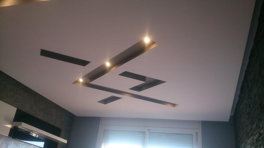 Foto techo de pladur con luz indirecta y foseado central - Luz indirecta escayola ...
