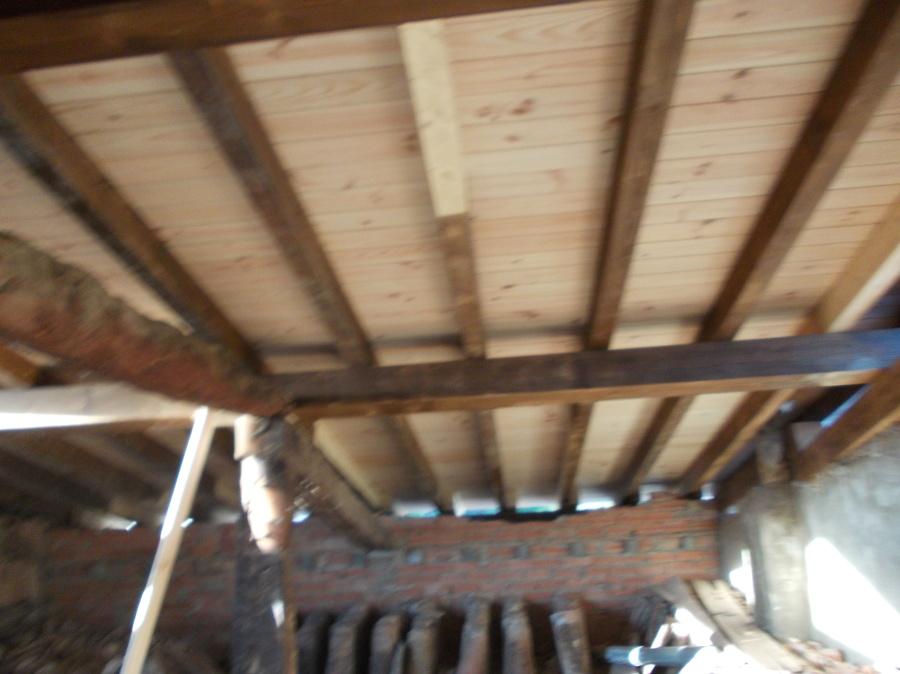 Foto tejado de madera de construccionestechin 780101 for Tejados de madera barcelona