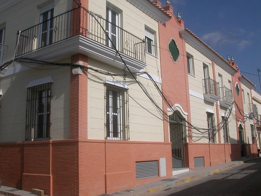 Dirección de obras de Edificio plurifamiliar en  Lepe.