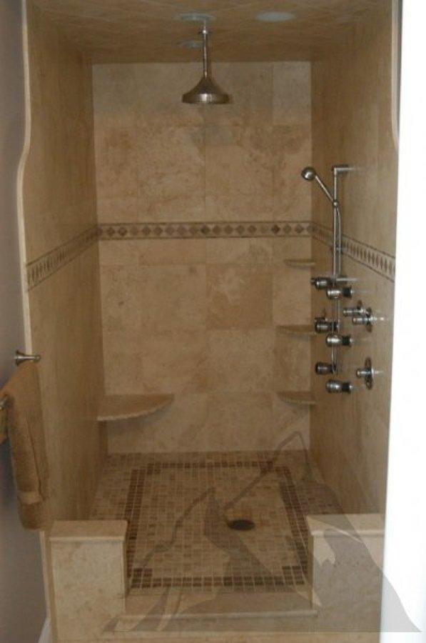 Foto ducha de obra con revestimiento de marmol de for Revestimiento ducha