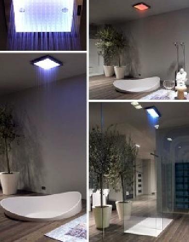 Foto duchas techo leds de fontaner a ra l villa 204334 for Duchas de techo precio