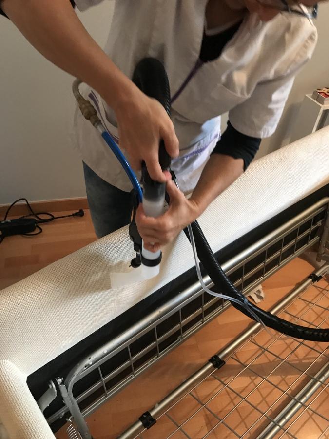 Foto limpieza tapiceria de kaki mantenimientos y reformas - Tapiceros en terrassa ...