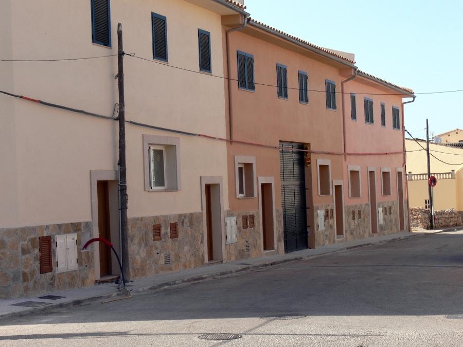 EDIFICIO DE 6 VIVIENDAS ADOSADAS DE NUEVA CONSTRUCCIÓN, CALLE TANQUETA (ALGAIDA)