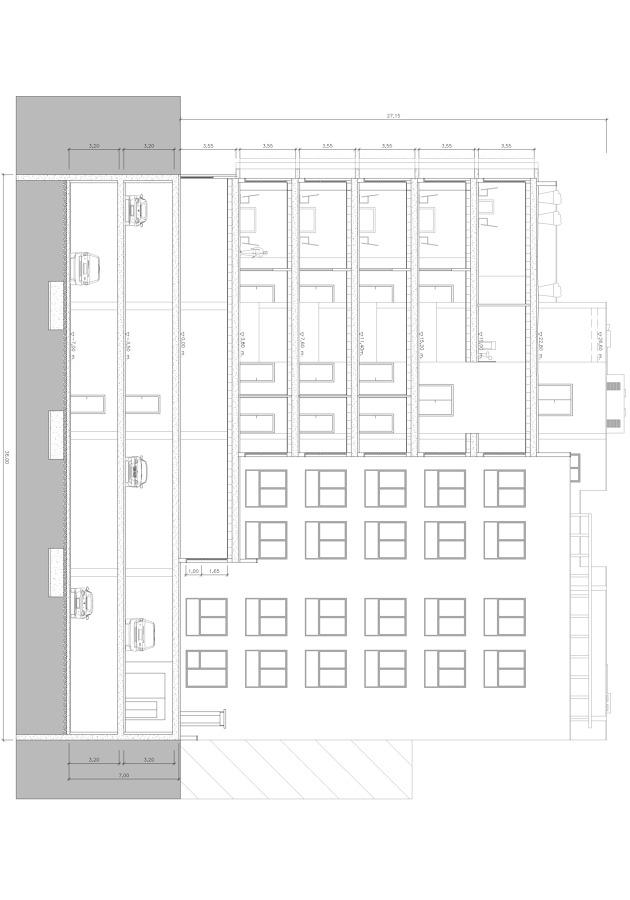 Edificio de Oficinas de lujo, locales comerciales y sotanos-garajes