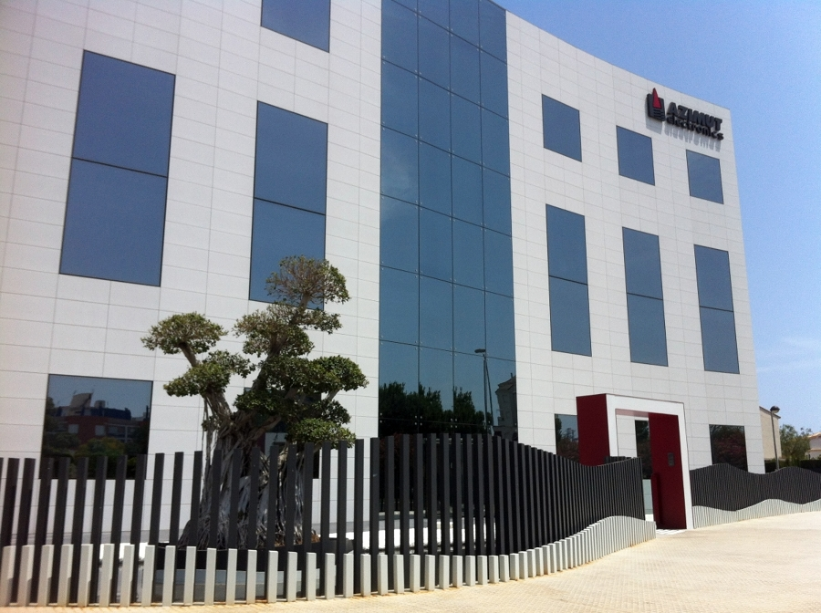 Edificio de oficinas grupo Azimut