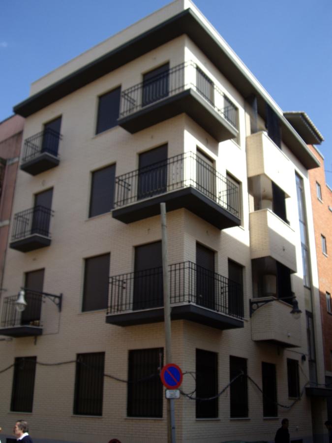 Edificio de viviendas Chirivella