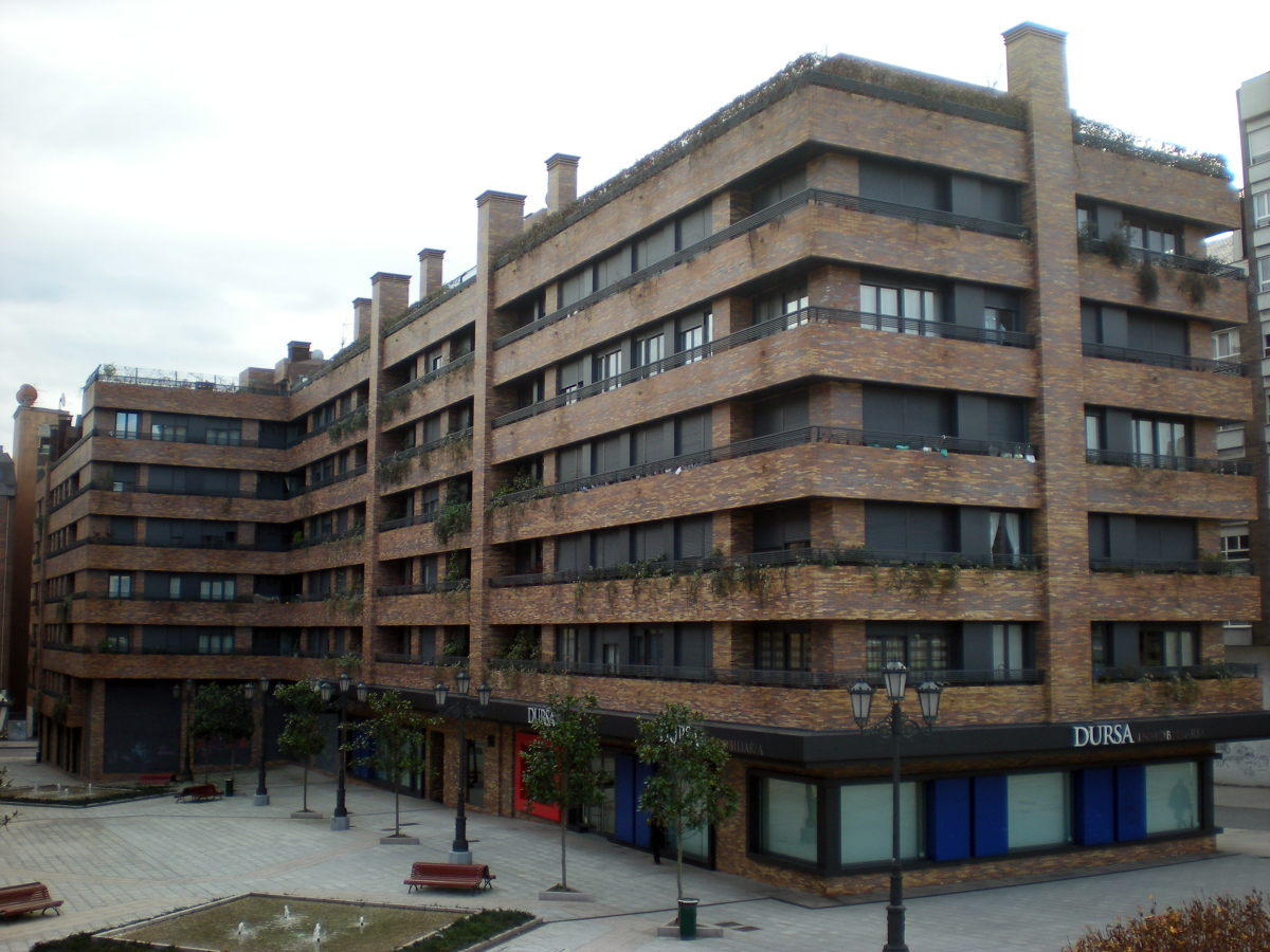 Foto edificio roma ii oviedo de martin gomez arquitecto - Arquitectos oviedo ...