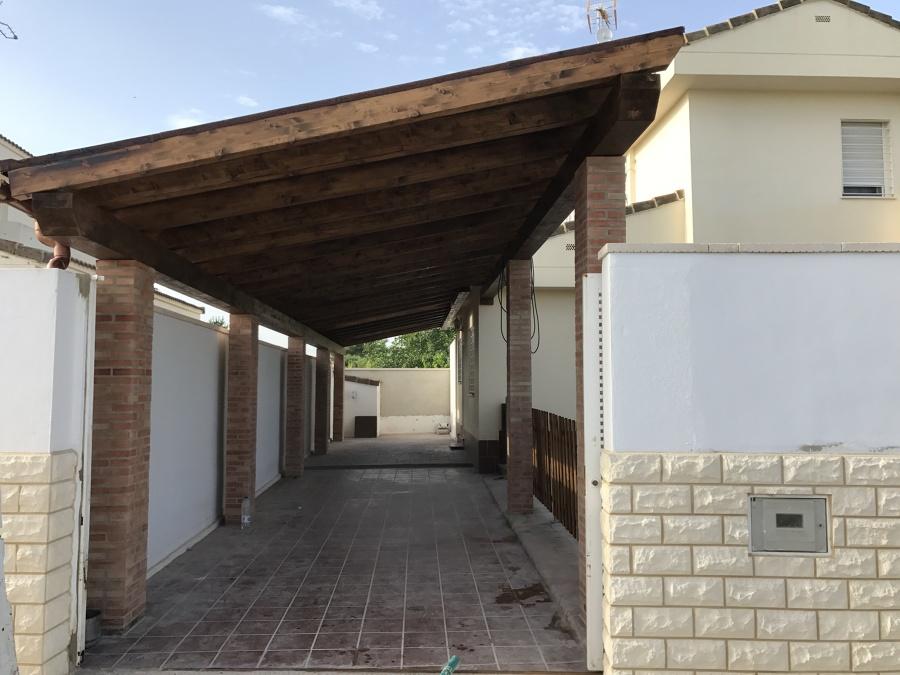 Cubierta de madera garaje
