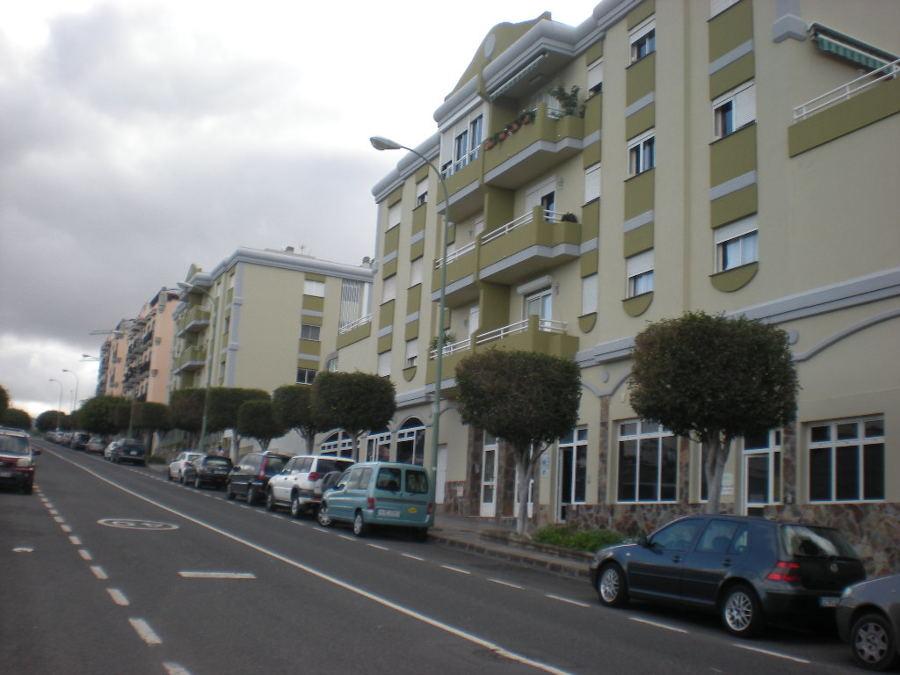 Conjunto Residencial El Bosque (64 viviendas)