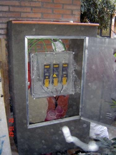 Foto electricista de madrid autorizado econ mico 680 - Electricistas en madrid ...