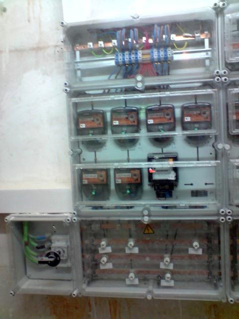 Foto electricista de madrid autorizado econ mico 680 - Electricista huelva ...