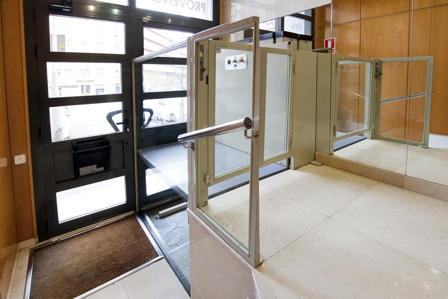 Elevador vertical SUBEO