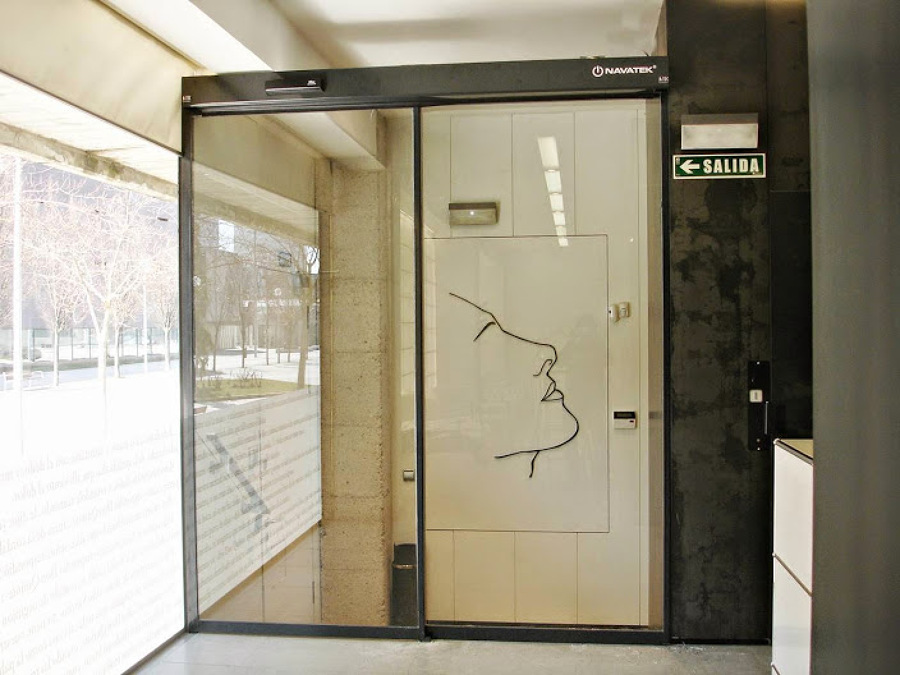 empresa instalacion puertas automaticas Navarra
