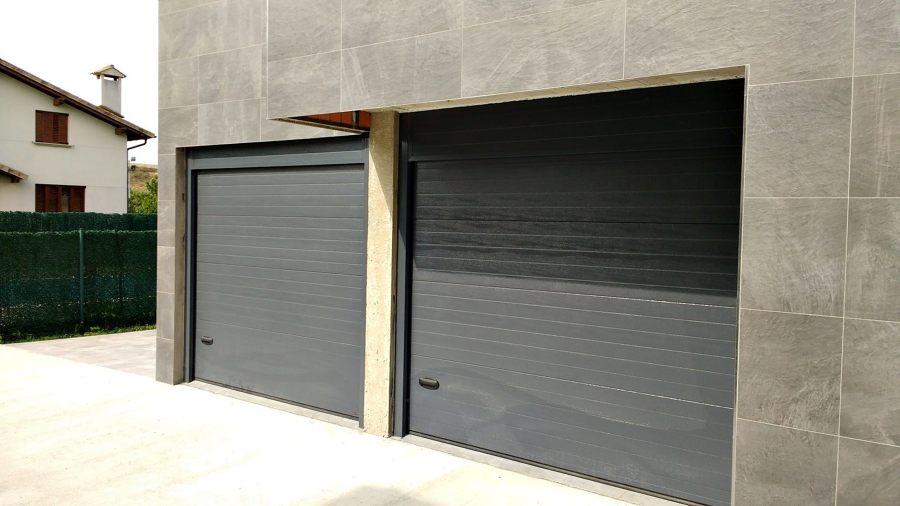 Foto empresa instaladora puertas garaje metalicas de - Puertas de garaje malaga ...