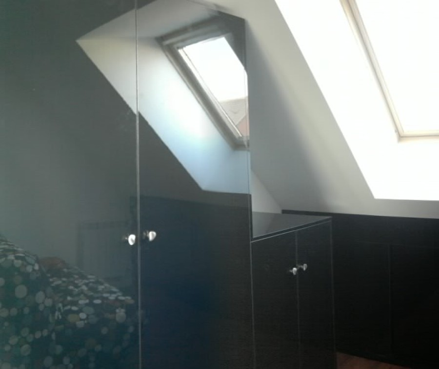 Foto en negro espejo armarios roperos y zapateros en - Puertas roper valladolid ...