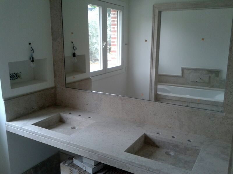 Foto encimera de campaspero con lavabos integrados de for Encimeras de piedra precios