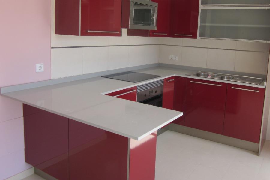Foto encimera de cocina en compac ceniza de marmoleria - Encimeras de cocina compac ...