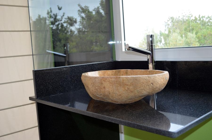 Foto encimera granito negro con labavo de marbres octavio for Encimera de granito negro