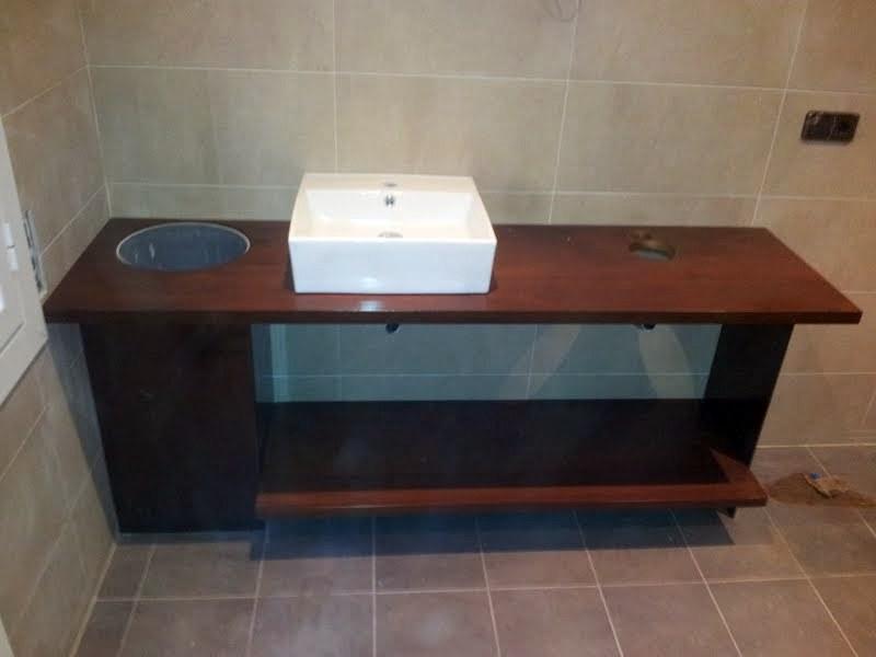 Foto encimera maciza en ipe para ba o y lavabo de dkp - Encimeras de madera para banos ...