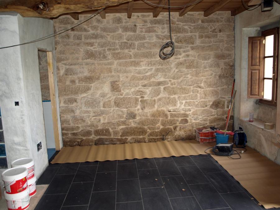 Foto encintado pared piedra de refor 367076 habitissimo Baldosa pared piedra