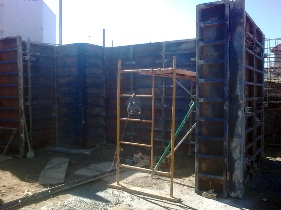 Encofrado de muros de garaje
