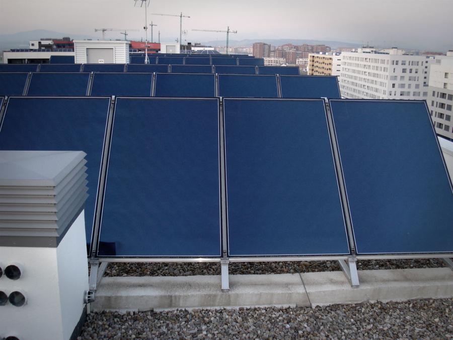 Foto energ a solar t rmica de ekidom energias renovables - Energia solar tenerife ...