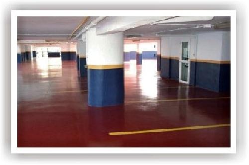 Foto epoxi en suelo parking de impermeabilizaciones for Pintura suelo parking