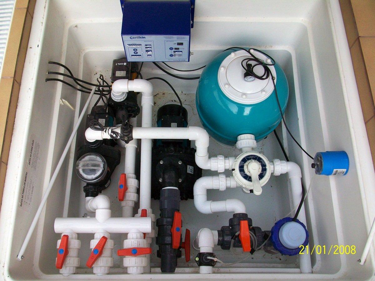 Foto equipo depurador con clorador salino regulador de - Depuradoras de piscinas precios ...