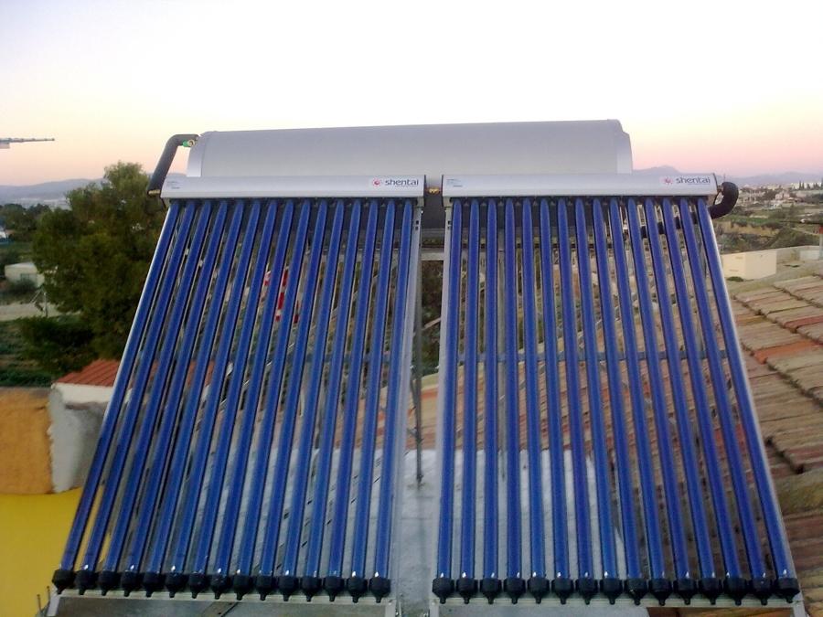 Equipo termosifónico de tubo vacio