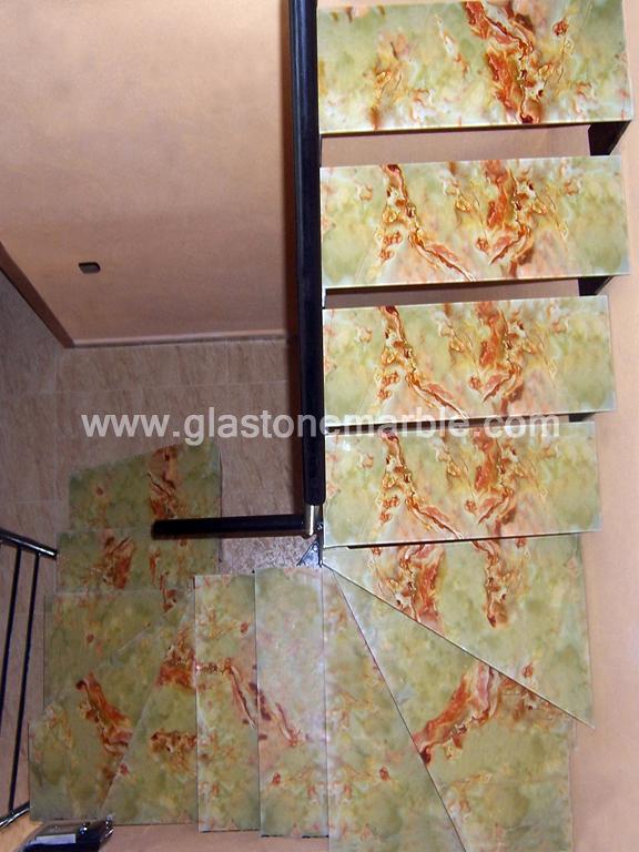 Escalera de cristal antideslizante