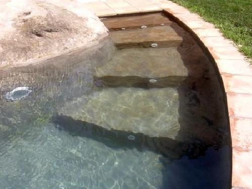 Foto escalera de piedra autentica de la zona de piscinas - Escalones de piedra ...
