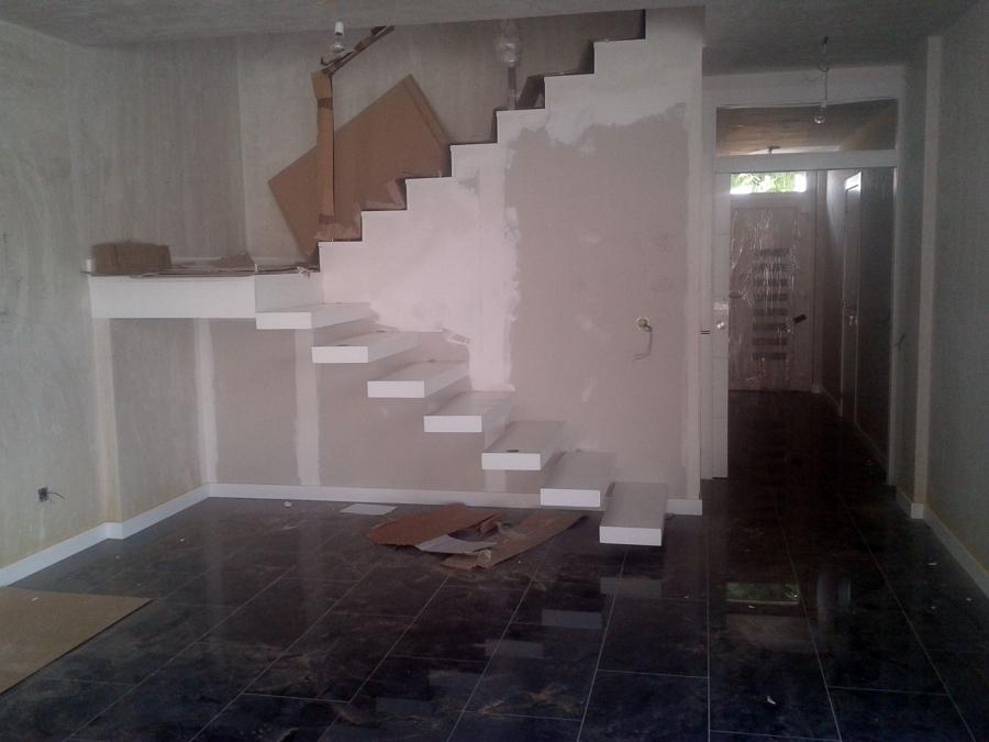 Foto Escalera Empotrada De Antonio Parra Medina 324604