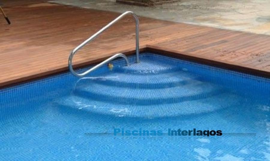 Foto escalera en abanico para piscinas de piscinas for Escaleras de piscina